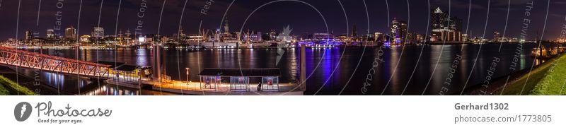 Panorama des Hamburger Hafens und der Skyline bei Nacht Tourismus Sightseeing Städtereise Architektur Umwelt Wasser Nachthimmel Flussufer Hauptstadt Hafenstadt