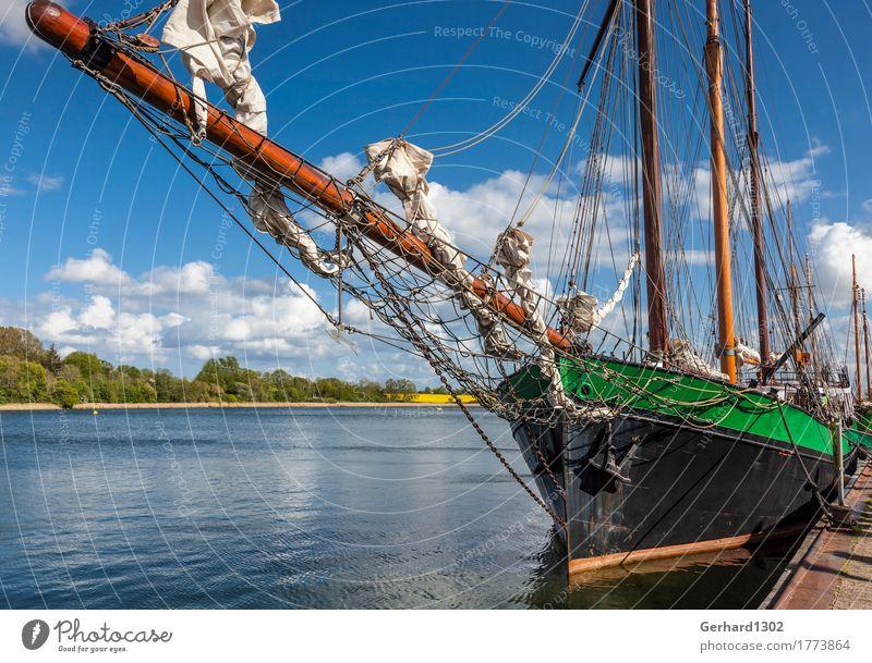Historisches Segelschiff im Hafen von Kappeln Ferien & Urlaub & Reisen Tourismus Kreuzfahrt Fahrradtour Sommerurlaub Landschaft Wasser Küste Fjord Ostsee