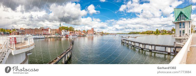 Hafenpanorama in Kappeln von der Klappbrücke an der Schlei Ferien & Urlaub & Reisen Stadt Wasser Erholung Umwelt Küste Tourismus Ausflug Brücke Fahrradtour