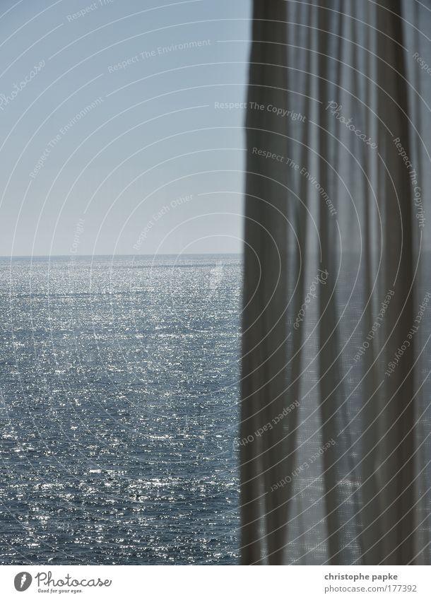 Halber Ausblick Himmel Sonne Meer Sommer Ferien & Urlaub & Reisen Ferne Erholung Freiheit Wärme Raum Wellen Küste glänzend Tourismus Aussicht Hotel