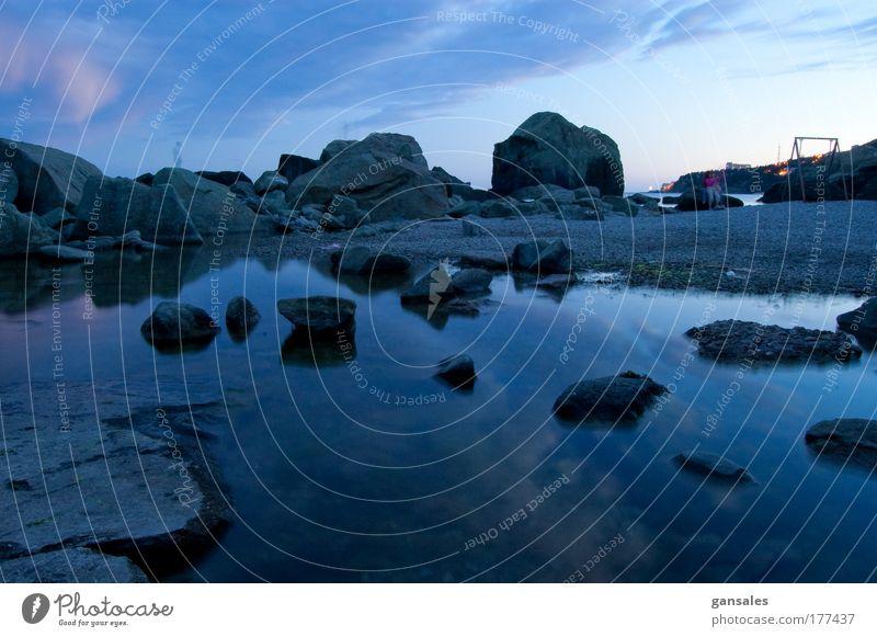 Natur Wasser blau Wolken Stein Landschaft Küste Nachthimmel Unendlichkeit Schönes Wetter Segel Kreuzfahrt