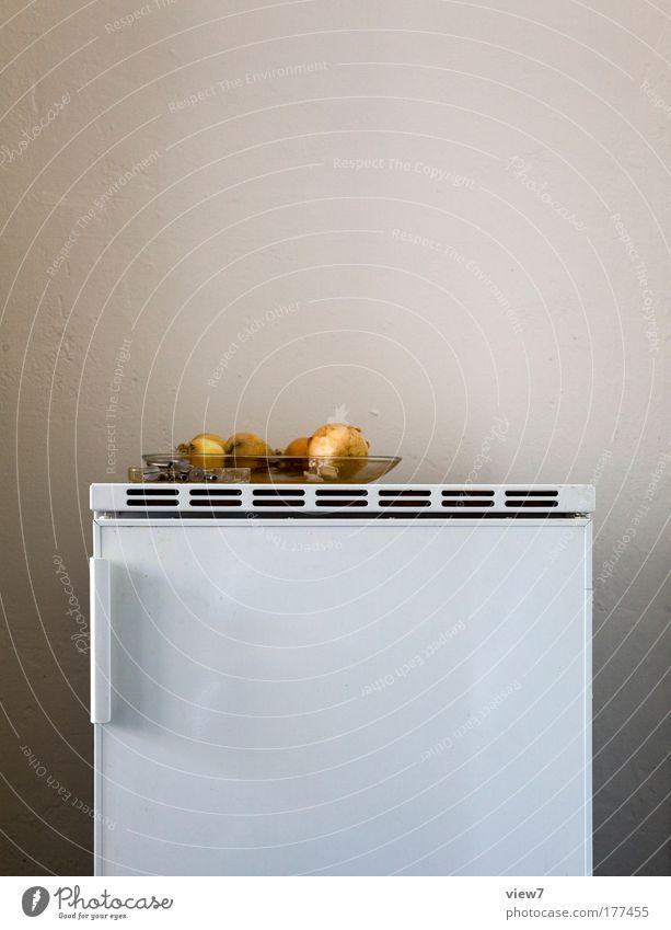 Zwiebelschale schön Lebensmittel klein Stein Metall Innenarchitektur Linie braun Raum Wohnung natürlich ästhetisch Dekoration & Verzierung Streifen gut