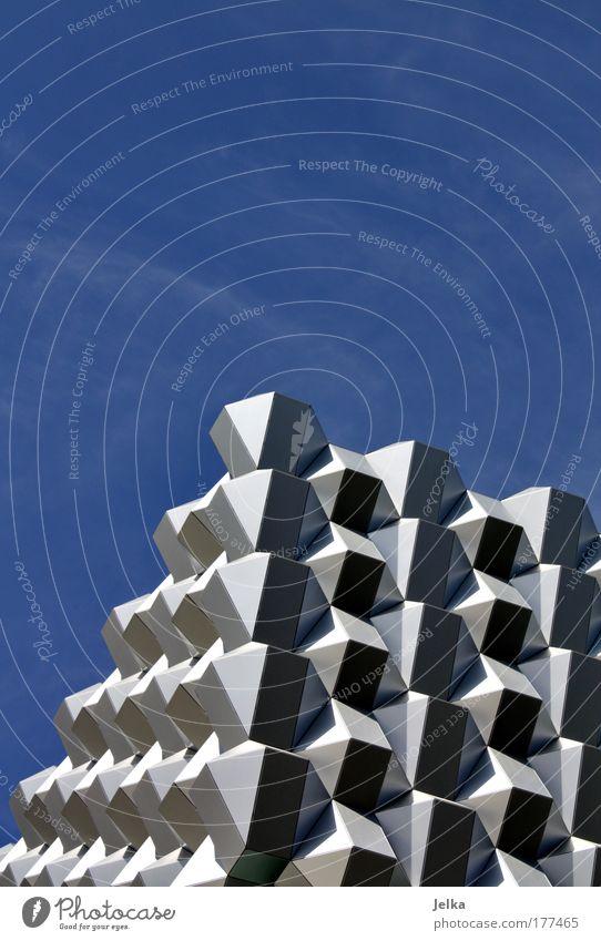 würfelhusten Architektur Gebäude Fassade modern Dach Bauwerk Dresden Sachsen Aluminium Metall Deutschland