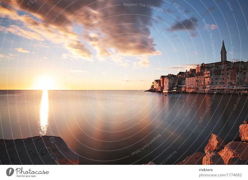 Rovinj ii Kroatien Europa Dorf Hafenstadt Altstadt leuchten Lebensfreude Kraft Warmherzigkeit Romantik Reisefotografie Sommer Meer Farbfoto mehrfarbig