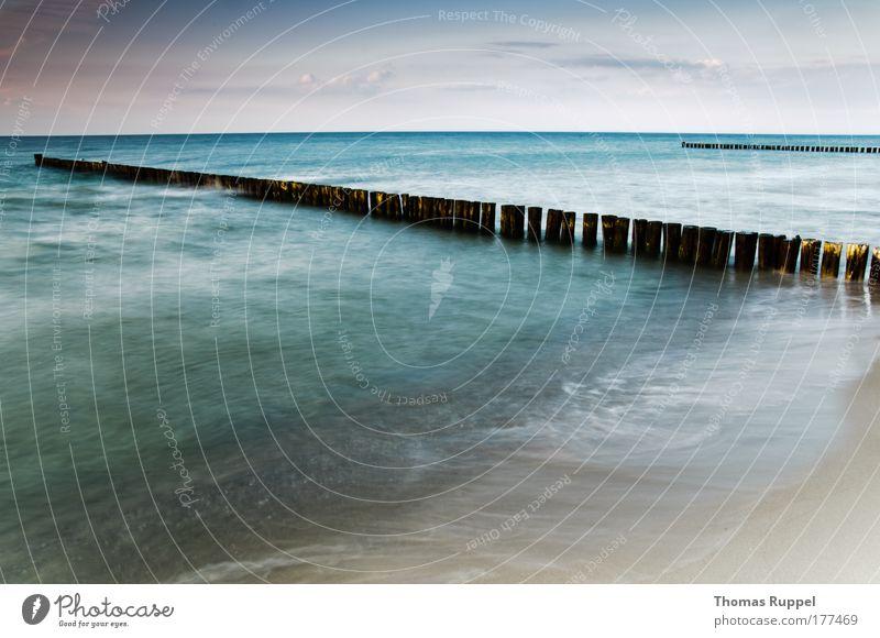 Buhnen Natur Wasser schön Himmel Meer blau Sommer Strand Wolken Freiheit Wärme Landschaft Stimmung Wellen Küste rosa