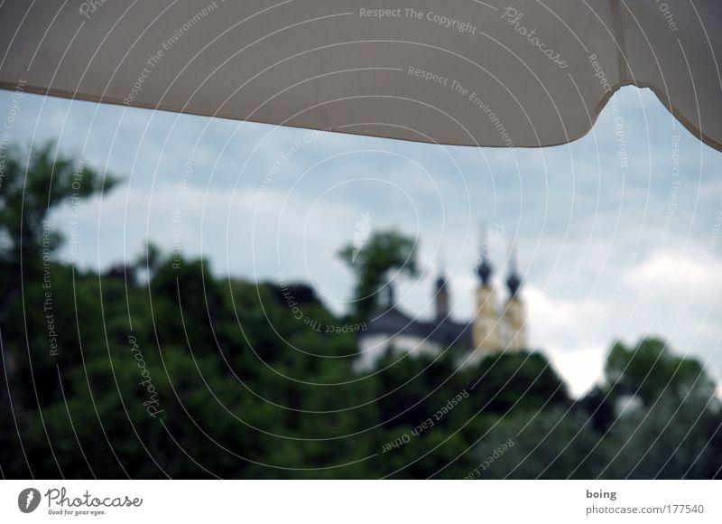 von der dankbaren Liebe des fränkischen Volkes zur Ehre... Religion & Glaube Ausflug Kirche Sonnenschirm Bauwerk Wahrzeichen Sightseeing Maria Kloster Würzburg