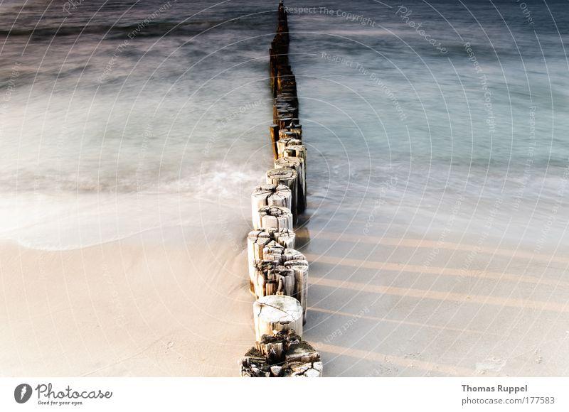 Geteiltes Meer Natur Wasser schön blau Sommer Strand Ferien & Urlaub & Reisen Wärme Landschaft hell Stimmung Wellen Küste Umwelt Ostsee