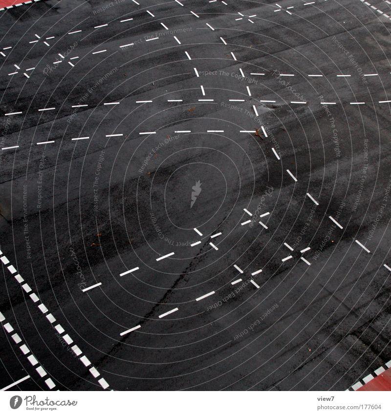 Schnittmarken weiß schwarz Ferne Straße Wege & Pfade Linie Umwelt Schilder & Markierungen Beton Verkehr hoch Geschwindigkeit modern ästhetisch neu Güterverkehr & Logistik