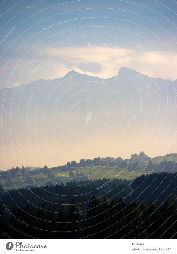 Alpenvorland II Freizeit & Hobby Natur Landschaft Himmel Wolken Schönes Wetter Nebel Wald Hügel Berge u. Gebirge Gipfel Umwelt Bergkette Tal hoch Bayern