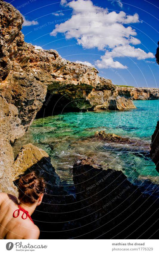 BADEWANNE Lifestyle exotisch Schwimmen & Baden Ferien & Urlaub & Reisen Abenteuer Sommerurlaub Meer Insel Wellen Wassersport Mensch feminin Junge Frau