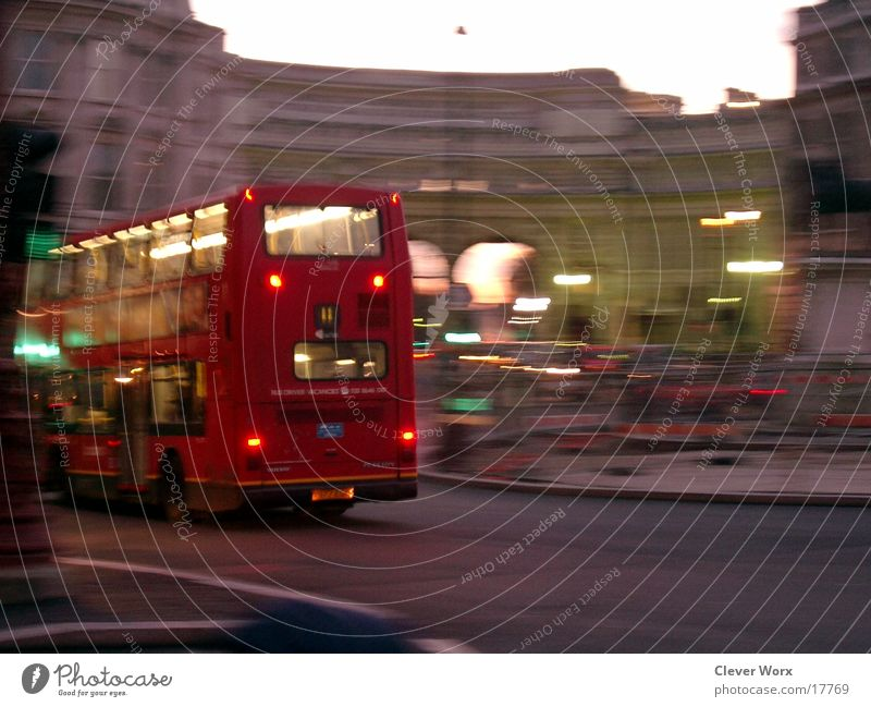 london in motion London Abend Europa Bus Bewegung Abenddämmerung Stadt