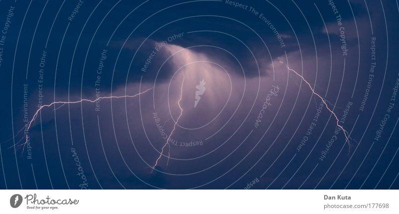 Gotteszorn! Wasser Himmel blau dunkel Regen Luft hell Angst Wetter Umwelt Elektrizität gefährlich bedrohlich Klima außergewöhnlich Gewitter