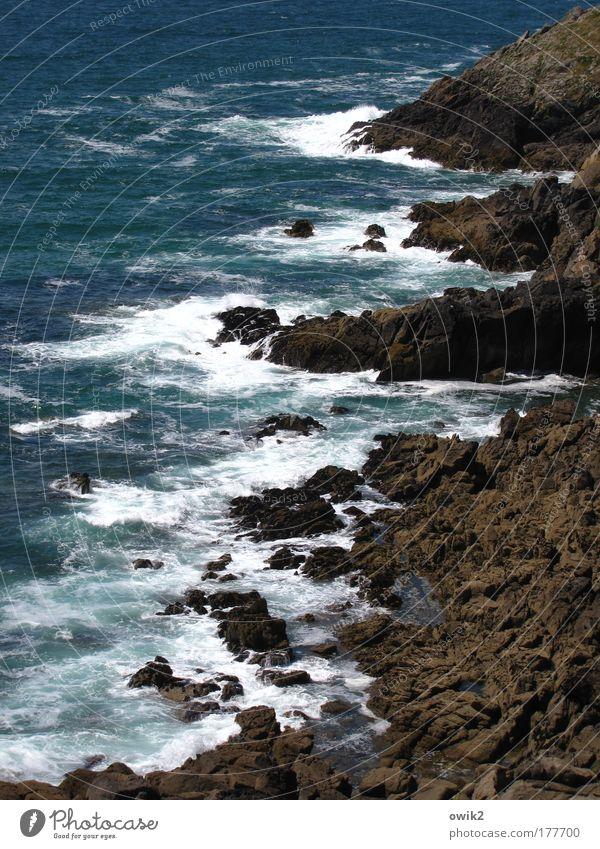 Stein und Wasser Natur Ferien & Urlaub & Reisen Meer Ferne Freiheit Landschaft Umwelt Küste Wellen Wind Ausflug Felsen Tourismus gefährlich