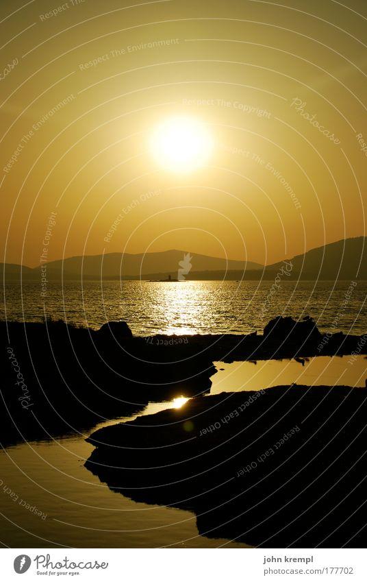 Sun King Natur Wasser Sonne Meer Sommer Strand Ferien & Urlaub & Reisen gelb Ferne Berge u. Gebirge Freiheit Glück Landschaft Zufriedenheit braun Zusammensein