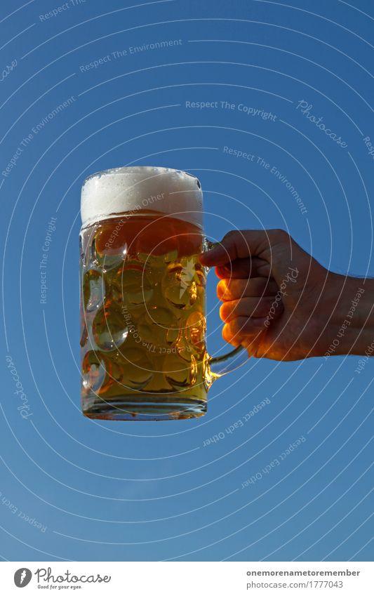 Oktoberfest - Bierkraft Getränk ästhetisch Biergarten Bierglas Bierschaum Bierkrug Zuprosten festhalten gold Sonne Schönes Wetter Farbfoto mehrfarbig