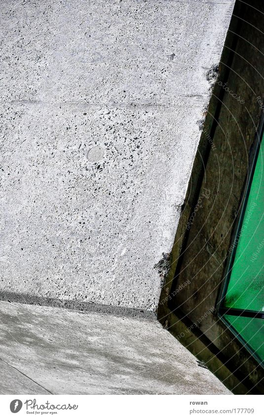 grünes eck grün Haus kalt Wand Fenster Mauer Gebäude Architektur Glas Beton Fassade Ecke Bankgebäude Fabrik Bauwerk