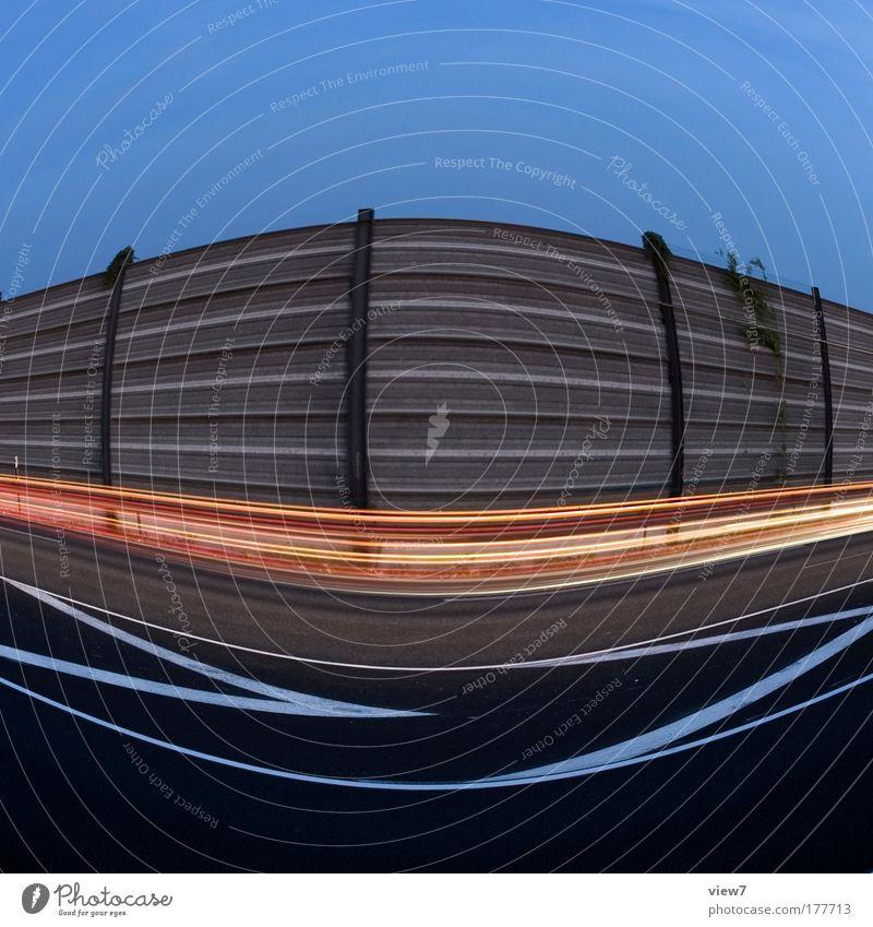 ( ) Farbfoto mehrfarbig Außenaufnahme Detailaufnahme Experiment abstrakt Menschenleer Textfreiraum oben Abend Dämmerung Nacht Licht Lichterscheinung
