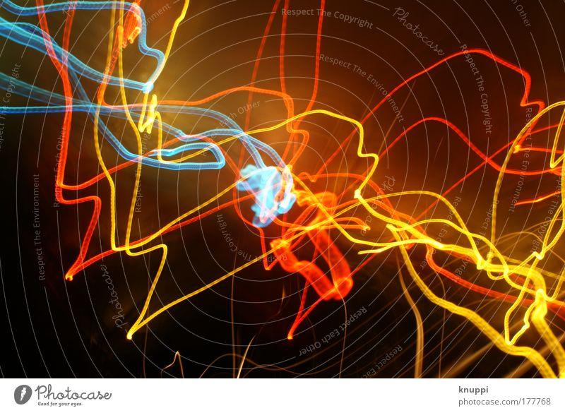 lightwriting-crash blau rot gelb Lampe leuchten Lichtspiel Lichtstrahl abstrakt Leuchtspur Lichtstreifen lichtvoll Leuchtkraft leuchtende Farben Lichtkunst