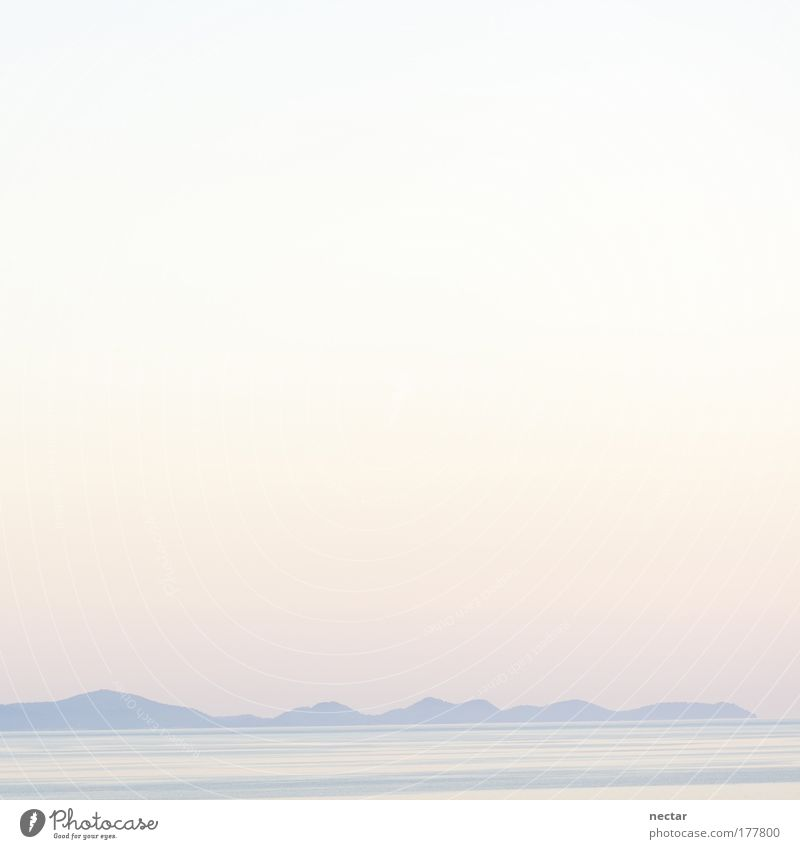 be in the pink too Himmel Wasser Sonne Sommer Winter Strand Farbe Landschaft Berge u. Gebirge Glück Küste Luft Horizont Wetter Wellen rosa