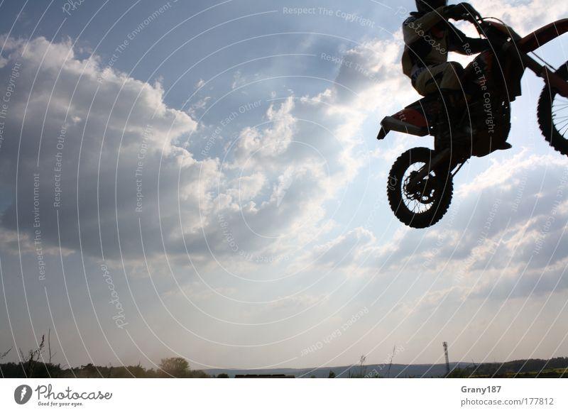 Cross Sequenz 3 Mensch Mann Jugendliche blau Pflanze Sommer Freude Erwachsene Landschaft Sport Sand Kunst Horizont Kraft fliegen außergewöhnlich