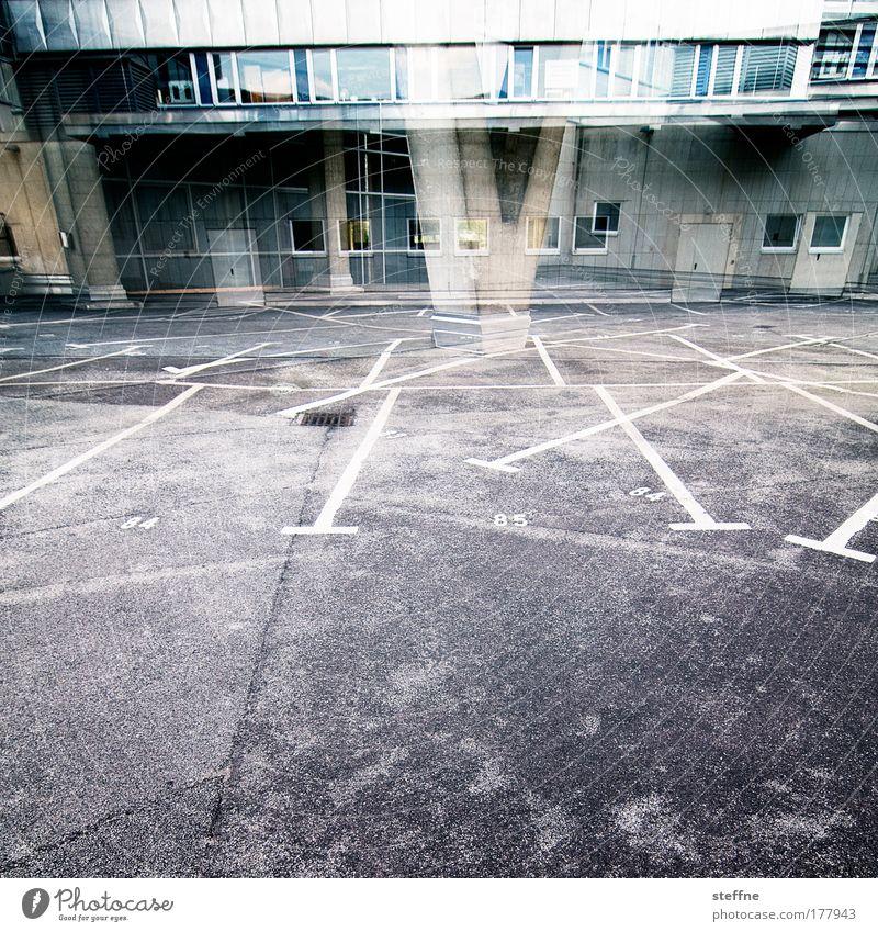 STEREO TOTAL Stadt Architektur Parkplatz Doppelbelichtung Hinterhof Industrieanlage Innenhof