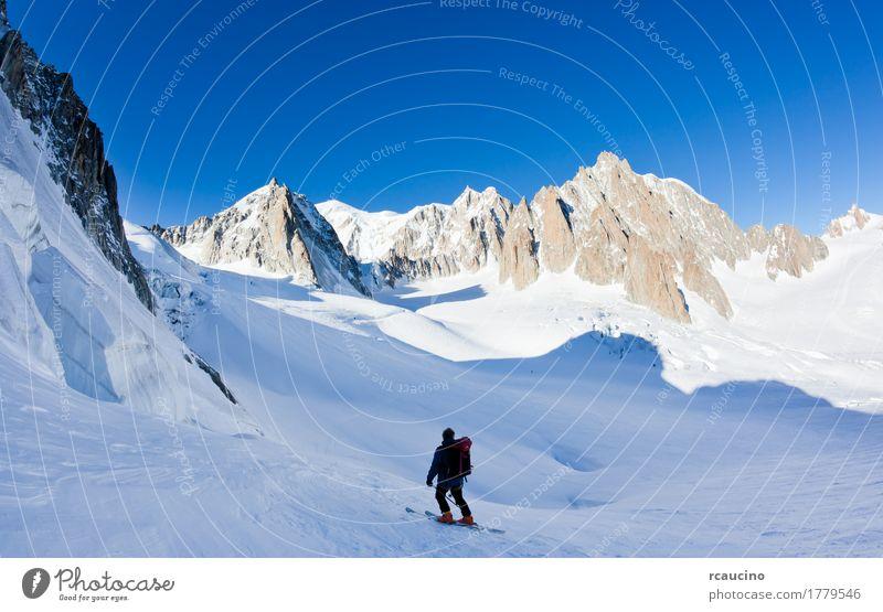 Himmel Natur Ferien & Urlaub & Reisen Mann weiß Landschaft Einsamkeit Winter Berge u. Gebirge Erwachsene Schnee Tourismus Aussicht Europa Alpen Frankreich