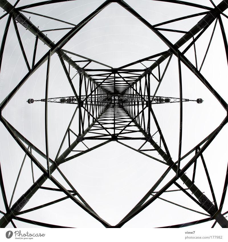 Gittermast Farbfoto Schwarzweißfoto Außenaufnahme Muster Strukturen & Formen Menschenleer Tag Weitwinkel Fischauge Technik & Technologie Energiewirtschaft