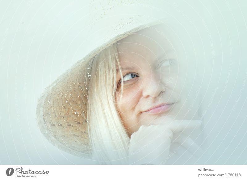 man nannte sie madame... | AST9 Frau Jugendliche schön Junge Frau Gesicht Erwachsene feminin Kopf hell blond Lächeln Hut langhaarig reizvoll verträumt Flirten