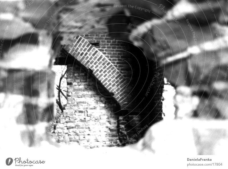 Getroffen Krieg historisch Bunker Einschuss Schwarzweißfoto