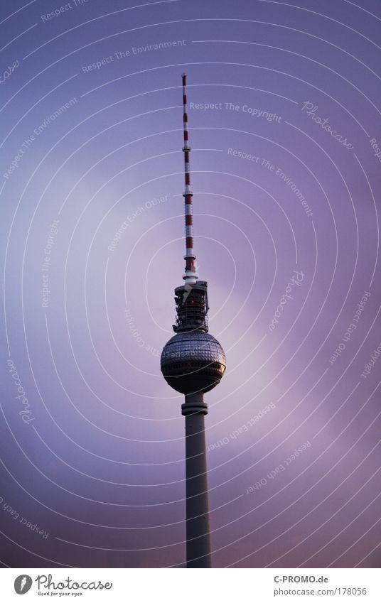 Berlin, Berlin... ich war in Berlin Himmel Wolken Architektur Gebäude stehen Turm violett Hauptstadt Berliner Fernsehturm Silhouette