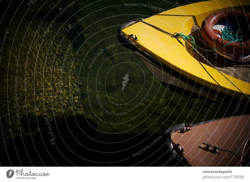Natur Wasser grün Ferien & Urlaub & Reisen Meer Sommer Strand gelb Küste braun Arbeit & Erwerbstätigkeit Wellen Felsen Wassertropfen Verkehr Hafen