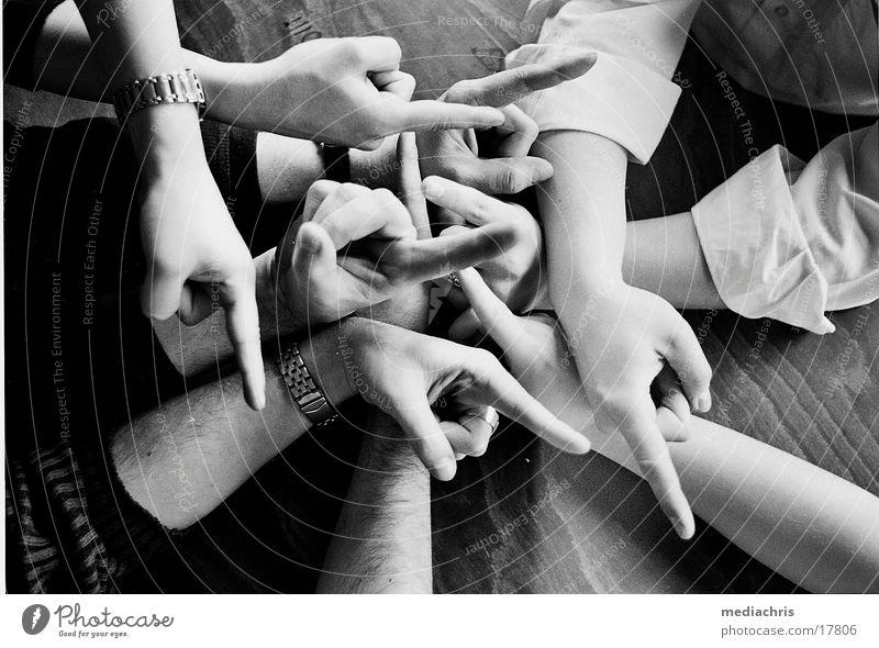 Hände Mensch Hand Richtung Wegweiser