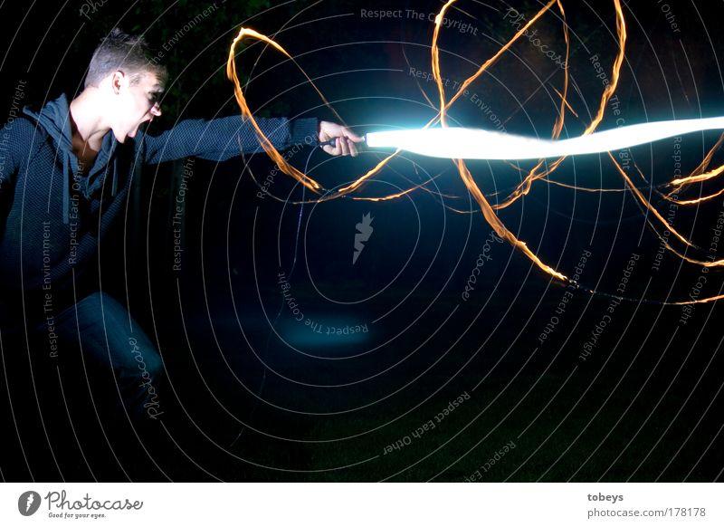 Der 3. Weltkrieg Mann Jugendliche Erwachsene Junger Mann Medien Kraft Energie Zukunft Spielen Kraft Schwert Technik & Technologie Filmindustrie Wut Wissenschaften Theaterschauspiel