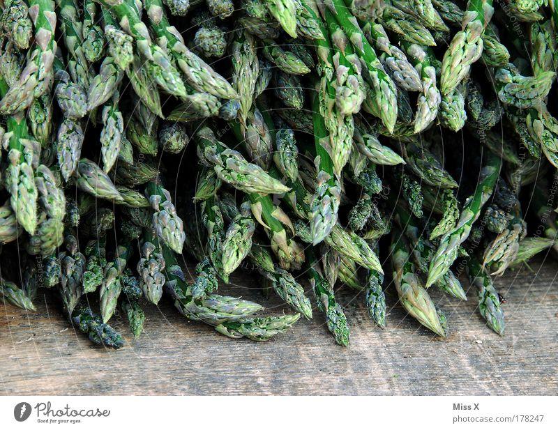 Außerhalb der Saison Pflanze Gesundheit Lebensmittel frisch Ernährung Gemüse Übergewicht lecker Bioprodukte Ackerbau Buden u. Stände Vegetarische Ernährung Spargel Markt Wochenmarkt Markthalle