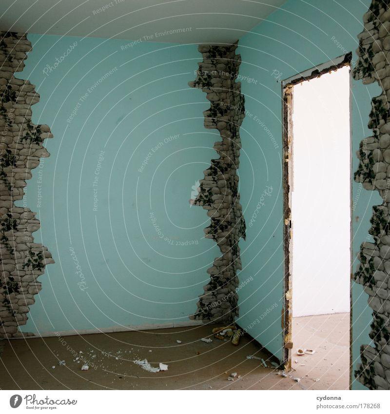 In den Ecken sitzt der Schrecken Einsamkeit Leben Wand Tod träumen Traurigkeit Mauer Gebäude Raum Wohnung Tür Perspektive ästhetisch Zukunft Ende Dekoration & Verzierung