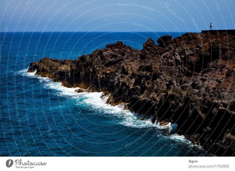 in Lanzarote Himmel Wolken Strand und Sommer Natur Ferien & Urlaub & Reisen blau Landschaft Meer Erholung gelb Küste Stein Sand Felsen Tourismus dreckig