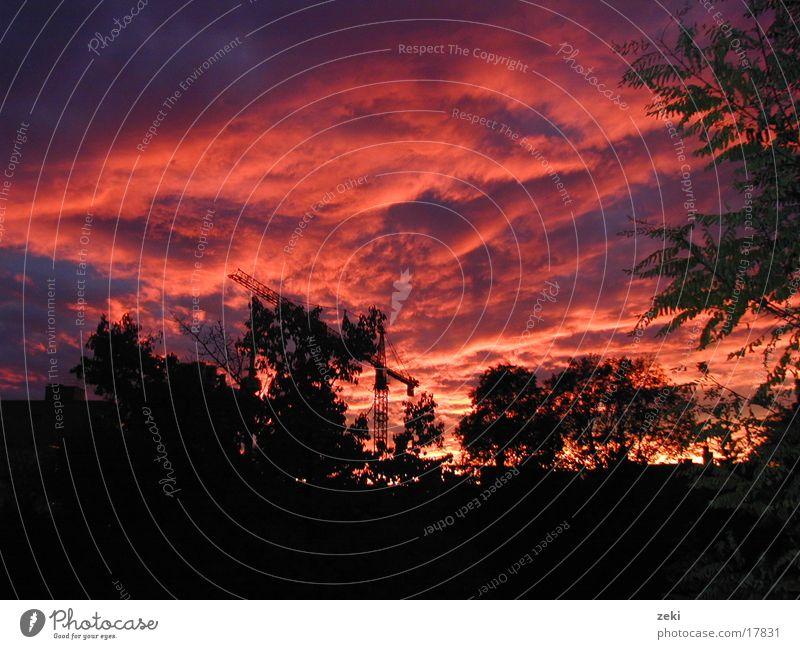 Sonnenuntergang in MÜNCHEN Himmel rot Wolken München