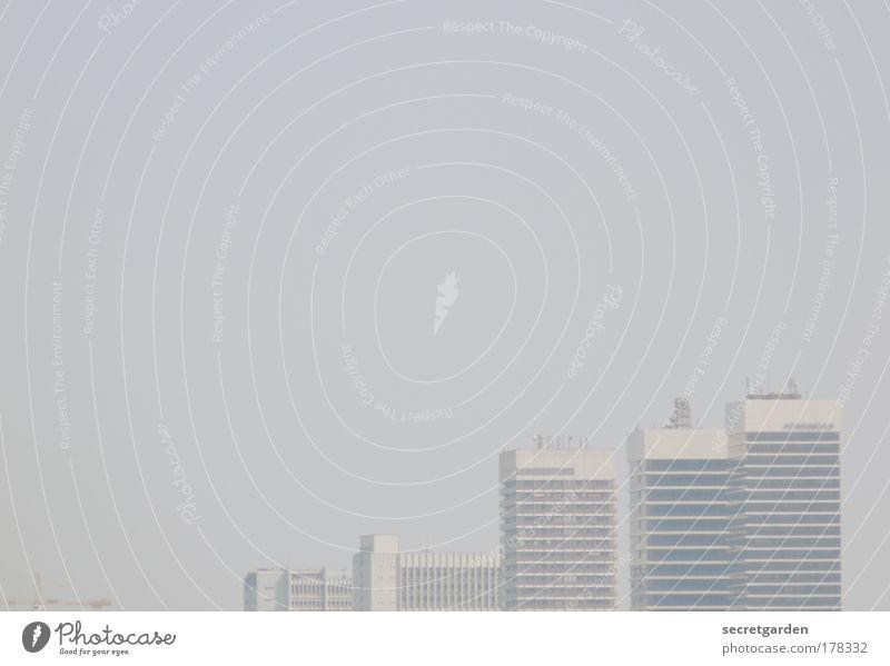 [HH 09.4] New York Himmel blau weiß Stadt Ferne Architektur Gebäude Business Nebel groß ästhetisch Hamburg Coolness Häusliches Leben Baustelle