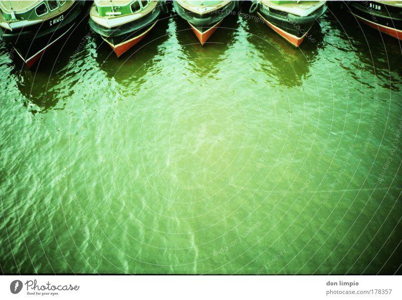 hanseaten Wasser grün Ferien & Urlaub & Reisen Wasserfahrzeug Tourismus Hafen Unternehmen Schifffahrt Flussufer Kreuzfahrt Verkehrsmittel Cross Processing Bootsfahrt