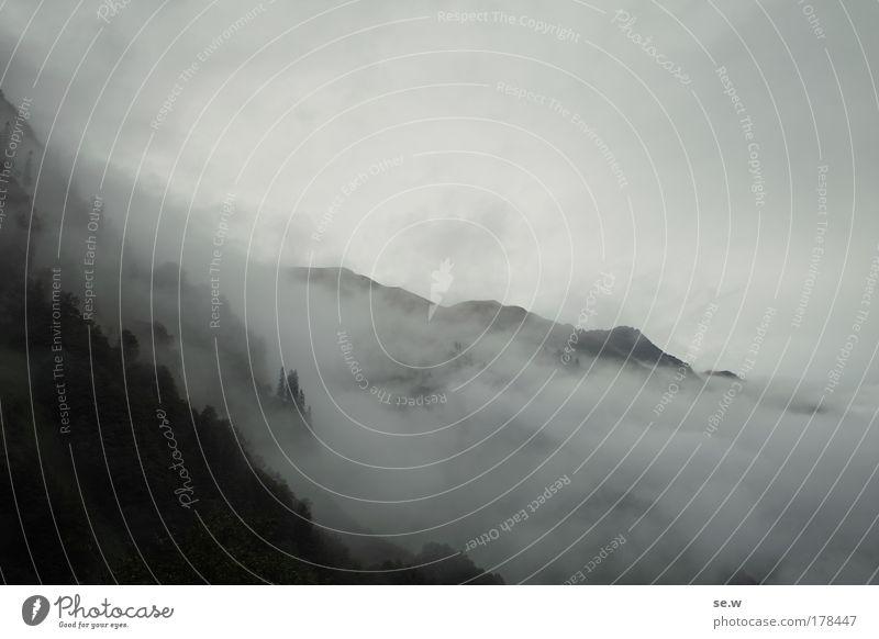 Es wird Herbst! Natur Sommer schwarz Wolken Einsamkeit Berge u. Gebirge grau Traurigkeit Regen Alpen Sehnsucht Müdigkeit Fernweh Heimweh