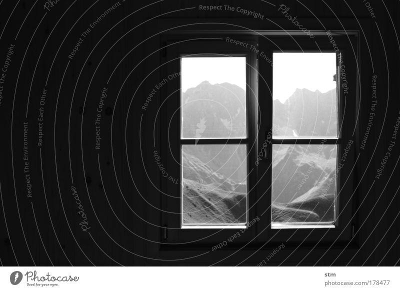 sehnsucht ... [ E5 ] Schwarzweißfoto Innenaufnahme Textfreiraum links Abend Silhouette harmonisch Zufriedenheit Erholung ruhig Ferien & Urlaub & Reisen