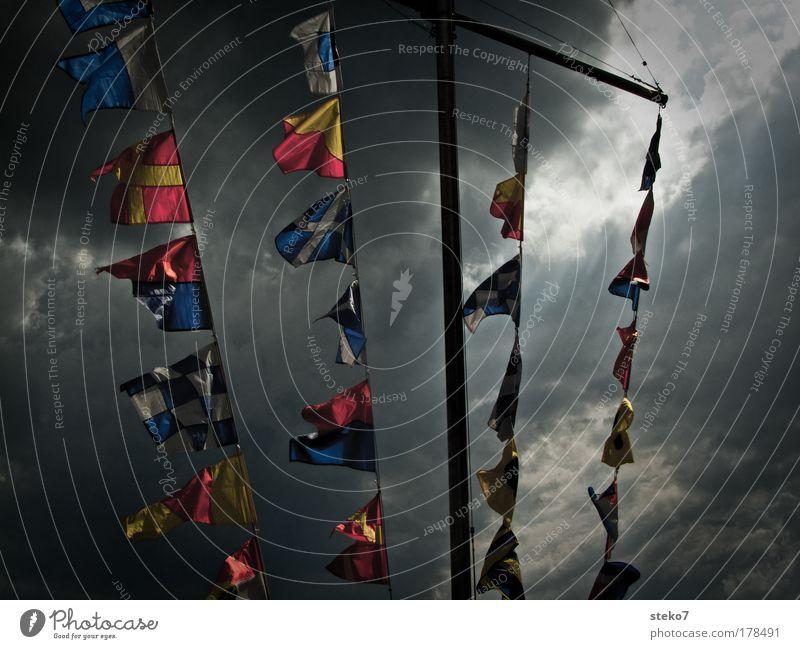 fahnen-flüchtig Wolken Wind Fahne bedrohlich Sturm Schifffahrt Lichteinfall Müritz