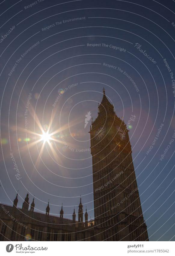 BIG BEN elegant Uhr Himmel Wolkenloser Himmel Sonne Sonnenlicht Schönes Wetter London England Europa Stadt Hauptstadt Stadtzentrum bevölkert Turm Bauwerk