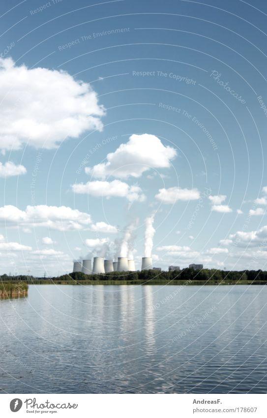 wo die Wolken herkommen Natur Wasser Himmel See Landschaft Architektur Umwelt Energie Industrie Energiewirtschaft Technik & Technologie Rauch Wirtschaft Schönes Wetter Schornstein Teich