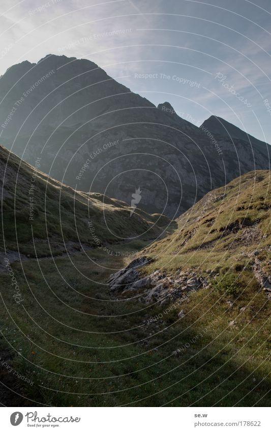 Dunst und Rauch Natur Sommer ruhig Einsamkeit Berge u. Gebirge Tourismus Freizeit & Hobby Alpen Unendlichkeit Sehnsucht atmen Schönes Wetter Fernweh