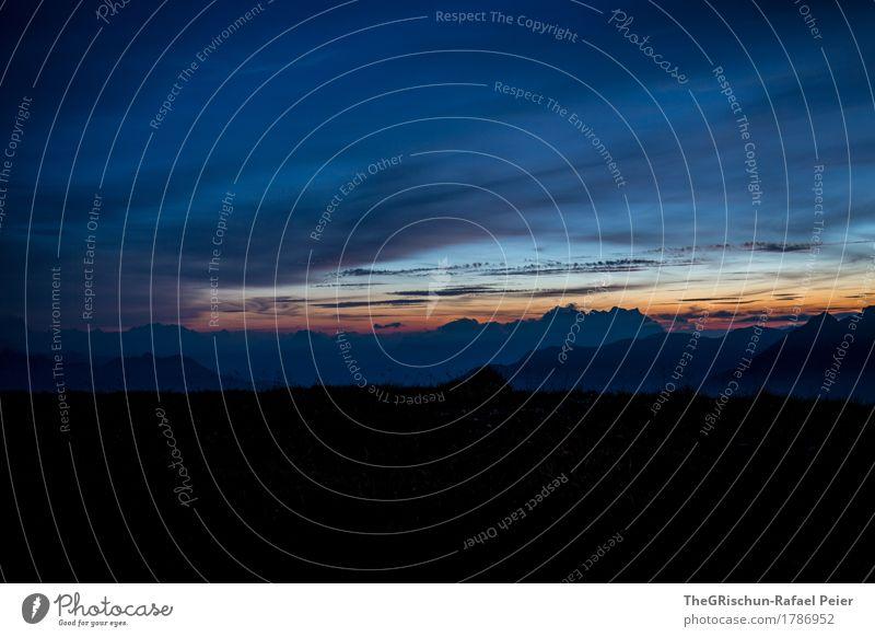 Eindunkeln Umwelt Natur blau orange schwarz Abend Abenddämmerung Stimmung Dämmerung Wolken Silhouette Berge u. Gebirge Alpen Schweiz Außenaufnahme genießen