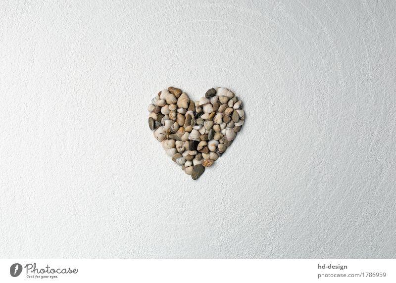 Herz auf Strukturputz Dekoration & Verzierung Stein Zeichen Sympathie Liebe Verliebtheit Romantik Glück Muschel Putz Muschelherz Kieselsteine Muttertag