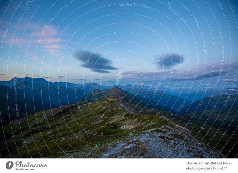 Morgenstund hat Gold im Mund Umwelt Natur Landschaft blau braun grau grün rosa schwarz Berge u. Gebirge Wolken Gras Schneebedeckte Gipfel Bergkette