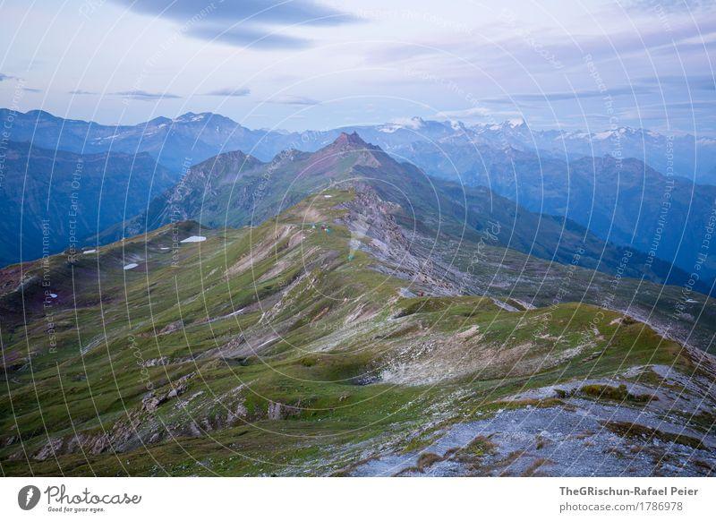 Morgenstund hat Gold im Mund Umwelt Natur Landschaft blau grau grün schwarz weiß Berge u. Gebirge Gras Weide Stein Felsen Wolken Ferne Panorama (Aussicht) Blick