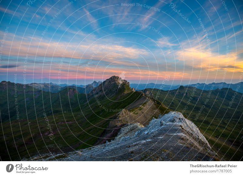 Morgenstund Umwelt Natur Landschaft orange rosa schwarz aufwachen Stein Felsen Bergkamm Berge u. Gebirge Alpen Schweiz Sonnenaufgang Wolken Stimmung Aussicht